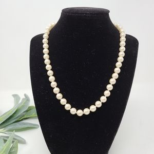 CAROLEE NWT Faux Pearl Knotted Necklace